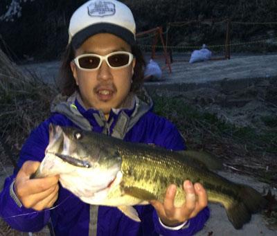 亀山ダムで55UP